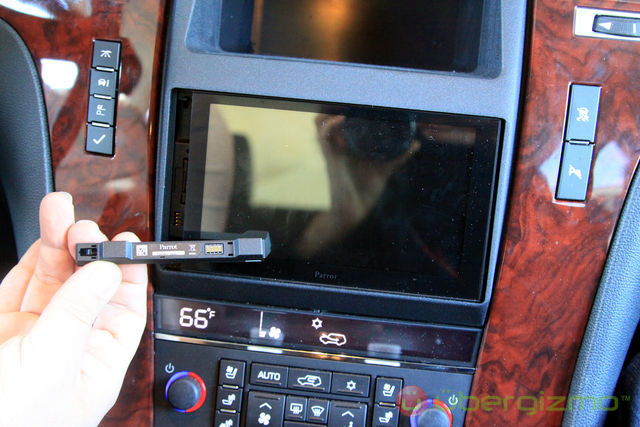 Parrot asteroid smart 2 din touchscreen headunit adam rayner talks parrot asteroid smart 2 din touchscreen headunit adam rayner talks audio greentooth Gallery
